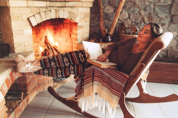 is it just me on seasonal reading habits - cold.JPG